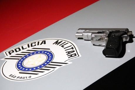 Assaltante é morto ao tentar roubar policial com arma de brinquedo