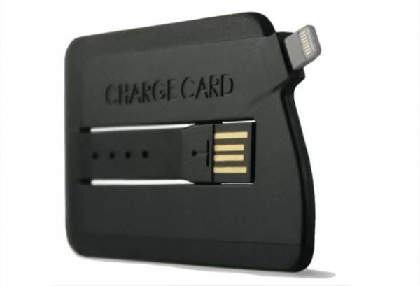Carregador para iPhone 5 tem o tamanho de um cartão e custa US$ 25