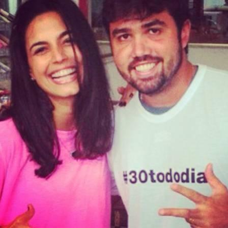 Emanuelle Araújo mantém 57kg com dieta crua: