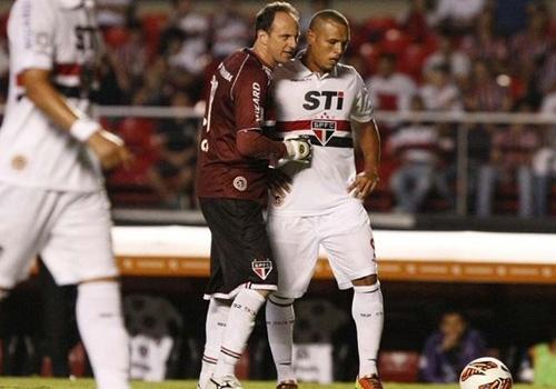 Rogério Ceni e Luis Fabiano não conversam mais no São Paulo
