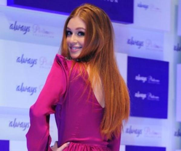 Marina Ruy Barbosa nega briga com Walcyr Carrasco por corte de cabelo