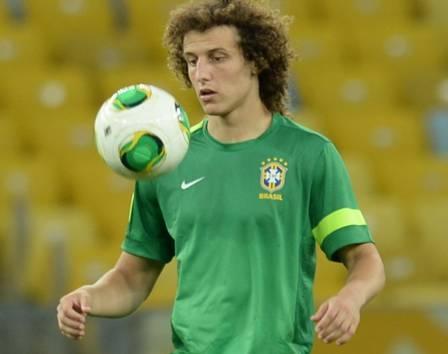 David Luiz e Thiago Silva ganham sósias mirins nas redes sociais
