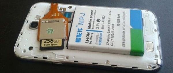 Galaxy Note 2 recebe ?gambiarra? que faz bateria durar cerca de três meses