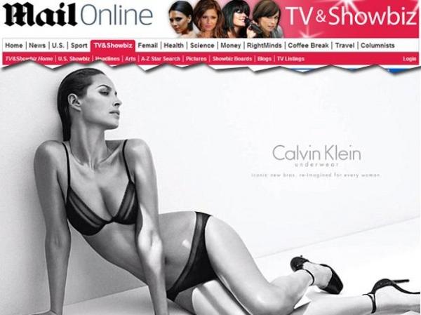 Aos 44 anos, modelo Christy Turlington estrela campanha de lingerie para grife