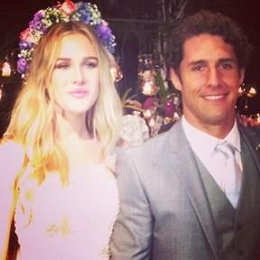 Fiorella Mattheis fala sobre casamento: ?Mais feliz impossível?