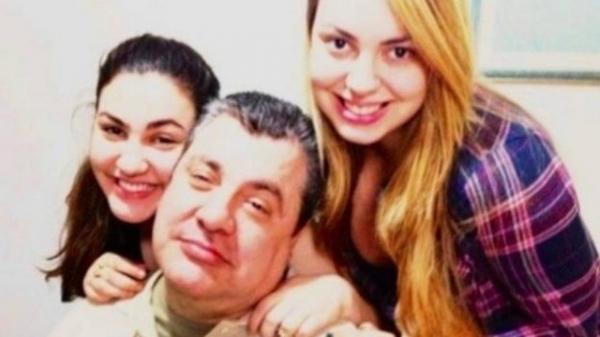 Gerson Brenner vai dançar valsa de 15 anos com filha. Coreógrafo adianta detalhes