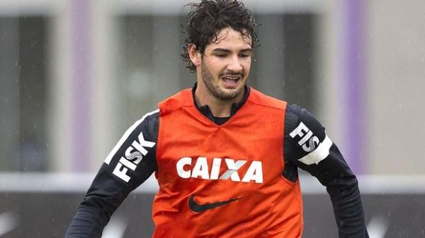 Tite quer Pato preparado para atuar em  qualquer posição do ataque do Corinthians