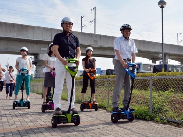 Toyota testa no Japão nova geração de robô de mobilidade individual