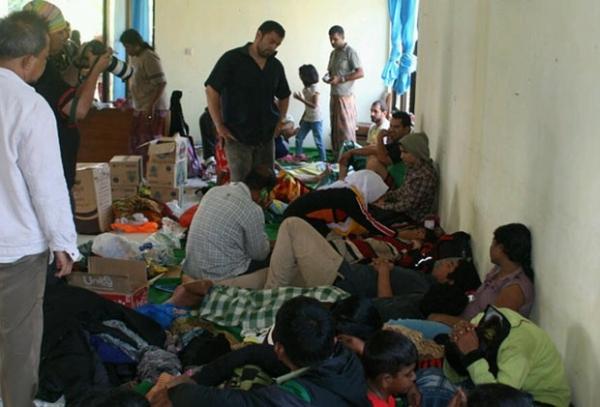 Dezenas de imigrantes desaparecem após naufrágio na Indonésia