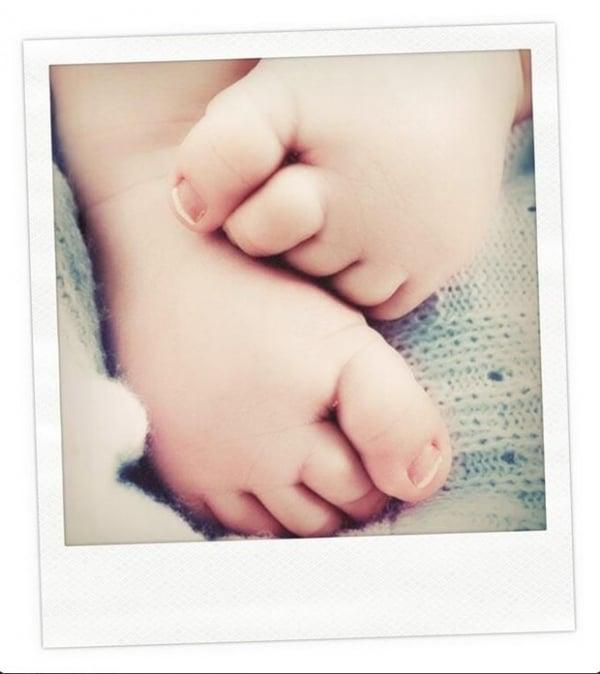 Irmã de Kate Middleton mostra fotos inéditas do bebê real em rede social