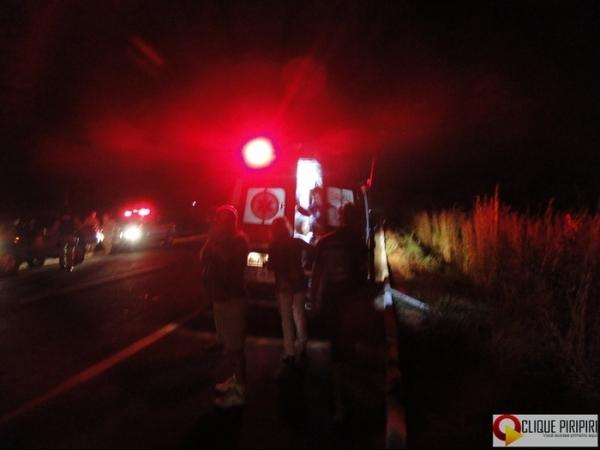 Motorista tenta desviar de animal solto na BR-343 e sofre acidente grave