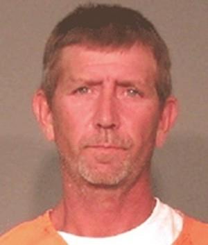 Homem é preso ao agredir namorada com pedaço de pizza nos EUA