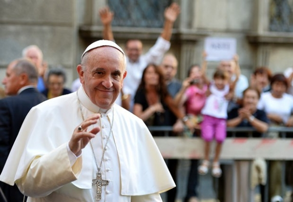 Em mensagem de paz, Papa vai denunciar