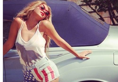 Patriota, Beyoncé posta foto usando shortinho com a bandeira americana