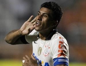 Órfão de Paulinho, Timão tenta achar rumo no Brasileirão contra o Bahia