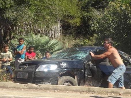 Pai e filha ficam feridos em acidente no interior do Piauí