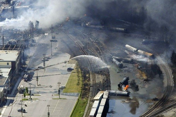 Polícia canadense diz que pode haver mais mortos em acidente de trem