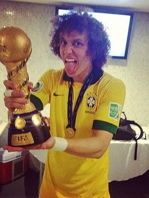 Chelsea rejeita proposta de R$ 101,6 mi do Barça por David Luiz, diz jornal