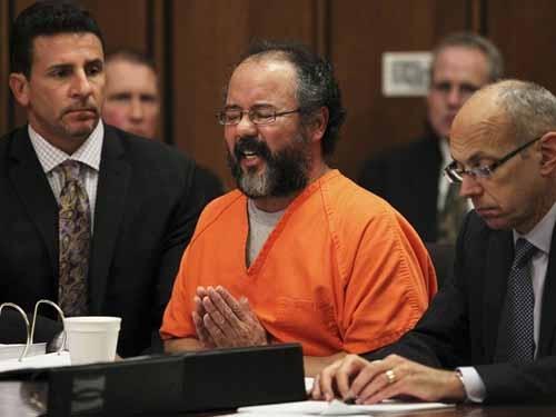 Sequestrador de Cleveland é condenado à prisão perpétua