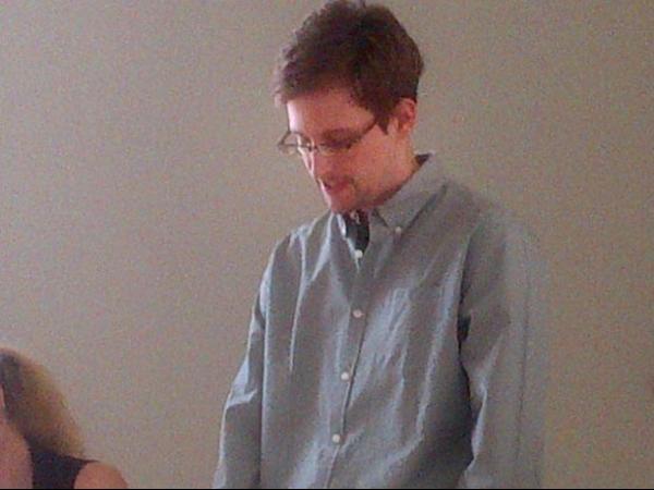 Snowden obtém asilo temporário da Rússia e deixa aeroporto de Moscou