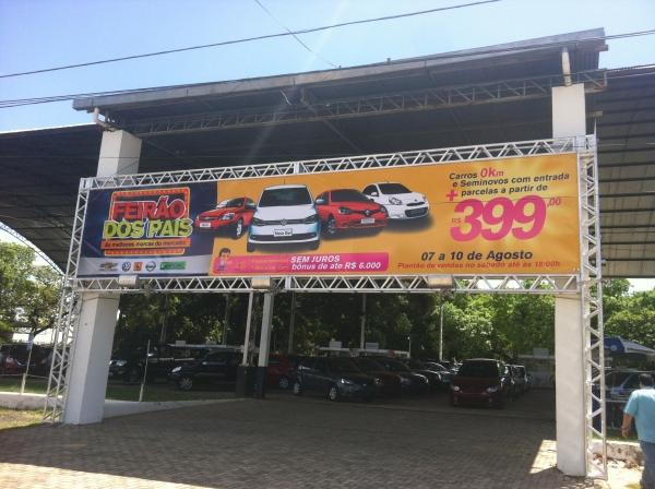 Último dia do Feirão dos Pais tem carros  0km com parcelas a partir de R$ 399,00 no Empório Veículos