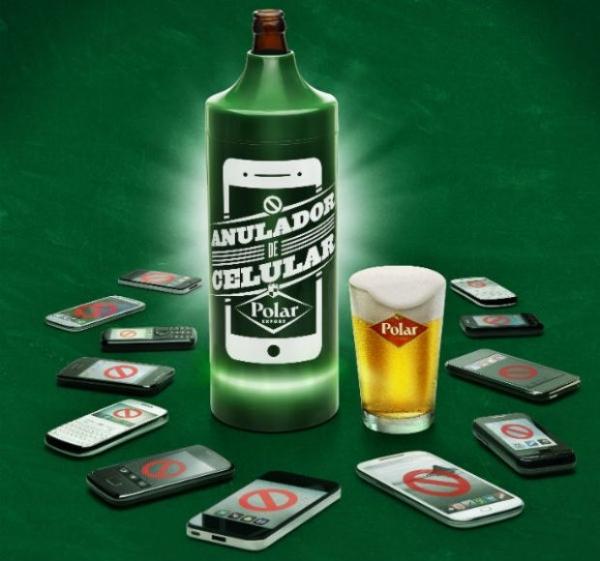 Cervejaria gaúcha lança porta-garrafa com bloqueador de celular instalado