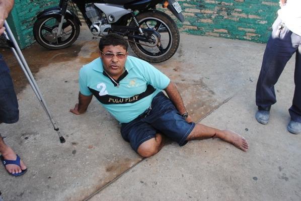 Duas pessoas ficam gravemente feridas após colisão entre moto e carro em Campo Maior