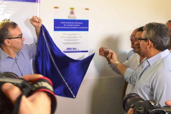 Primeira etapa do Mercado da Vermelha de Teresina foi inaugurada neste sábado