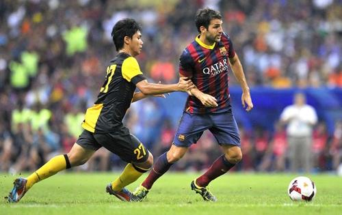 Sem Messi, Barça vence amistoso na Malásia com boa atuação de Neymar