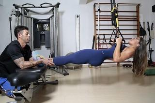 Mayra Cardi mostra treino e diz que conquistou o corpo que sempre quis