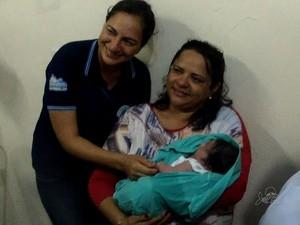 Com guarda disputada, bebê achado em lixo no Ceará é mandado a abrigo
