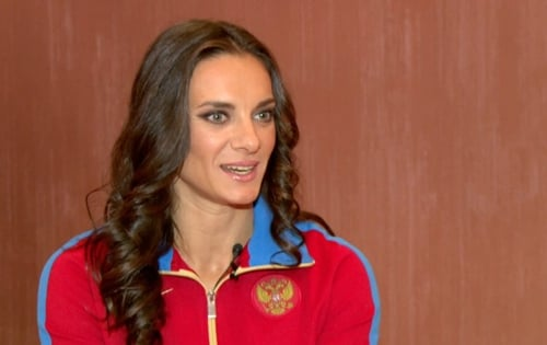Isinbayeva volta a criticar os gays em Sochi-2014: