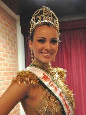 Miss Santa Catarina seria a nova namorada de Eike Batista, afirma jornal