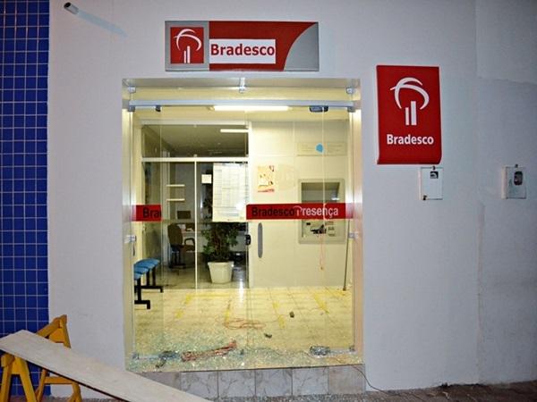 Agência do Banco do Bradesco de Caldeirão Grande do Piauí sofre tentativa de arrombamento