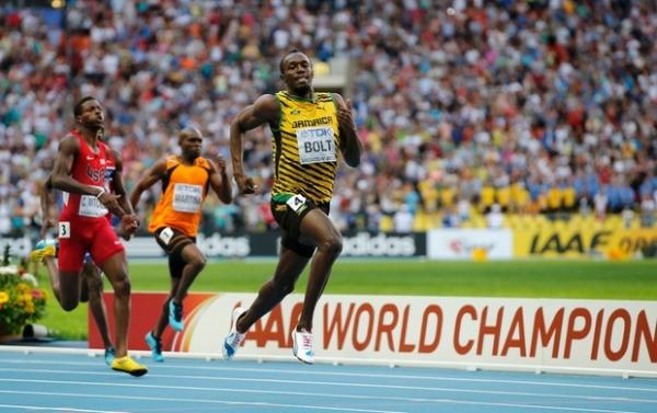 Bolt garante o tri nos 200m e volta a fazer história em Moscou-Rússia