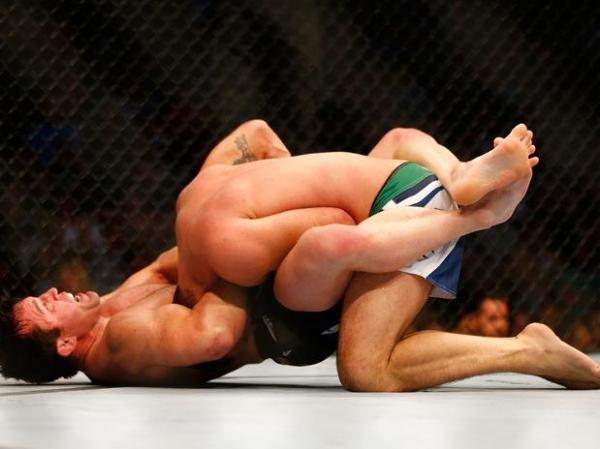 Em péssima fase, Shogun perde para Sonnen por finalização no UFC