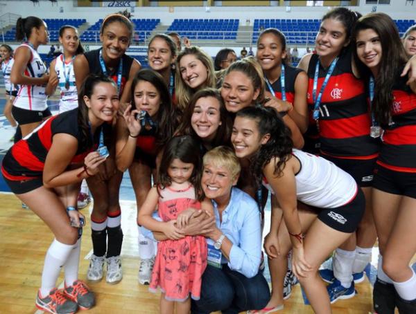 Com Xuxa na torcida, Sasha é vice com o Flamengo em torneio em Minas