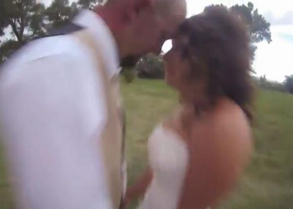 Vídeo mostra noivo sendo atingido por quadricóptero em filmagem
