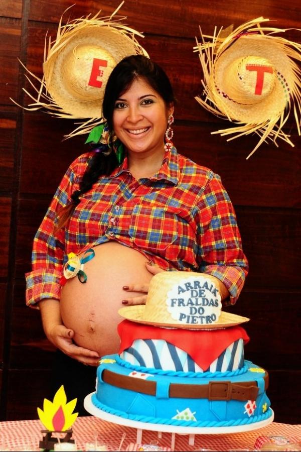 Menos de um mês após dar à luz, Priscila Pires já emagreceu 15 quilos