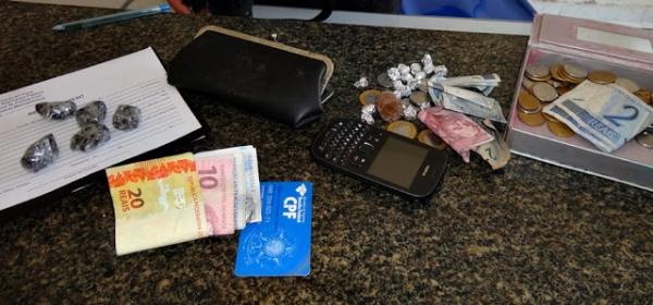 Serviço de inteligencia da PM prende suposta quadrilha com drogas e dinheiro em Parnaíba