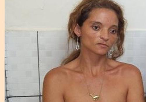Ex-presidiária é presa quando vendida crack em Barras