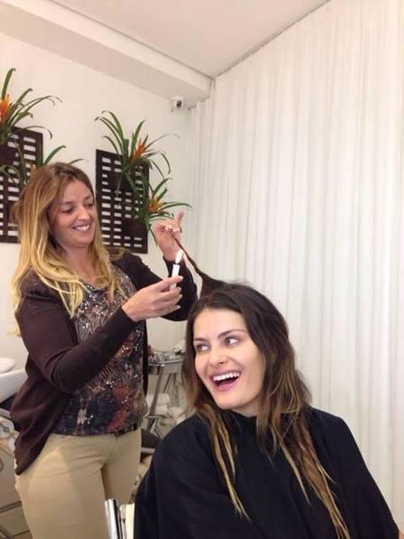 Isabeli Fontana entra na moda e faz tratamento com vela