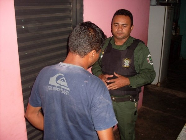 Homem é sequestrado e espancado violentamente durante assalto