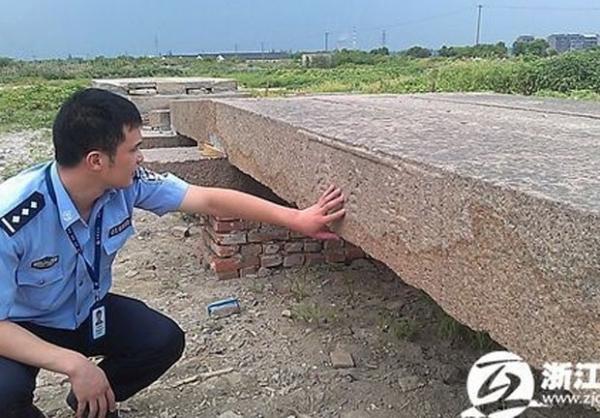 Ladrões roubam ponte histórica em cidade turística na China
