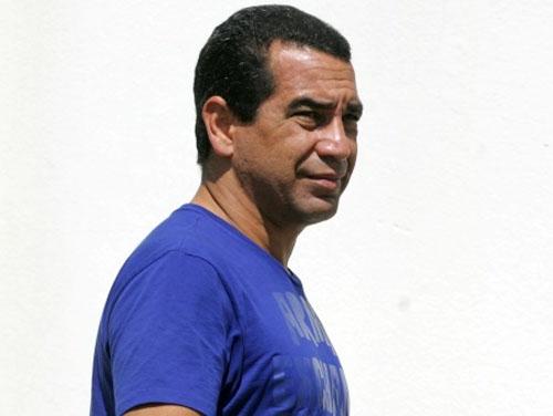 Pandolfo é demitido e Zinho será novo gerente de futebol do clube do Santos