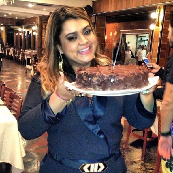 Anitta e mais famosos curtem aniversário de Preta Gil