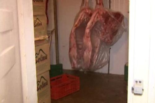 Para fugir da polícia, um assaltante se esconde em câmara frigorífica a -6°C