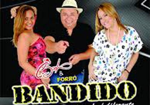 Noite de forró reúne Forró Pegado, Furacão do Forró, Cizinho e Forró Bandido no Kangaço