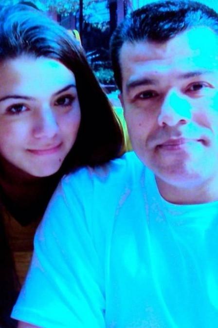 Filha de Maurício Mattar tenta reaproximação e pede telefone do pai em rede social