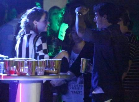 Paolla Oliveira reina absoluta em festa da novela